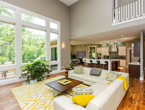 Addition-of-yellow-accent-pillows-allows-you-to-switch-between-color-schemes-with-ease
