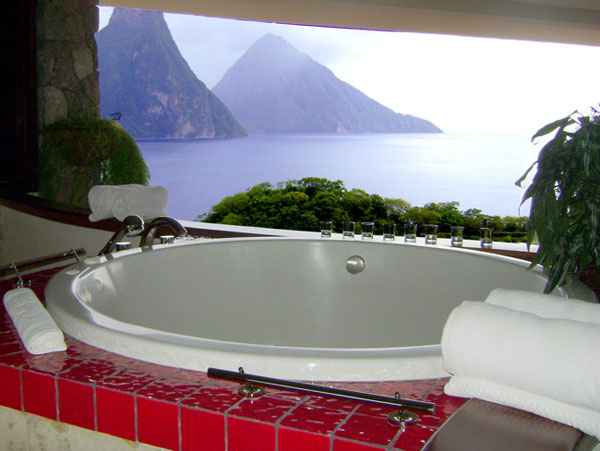 Bathrooms-with-Views-07-1-Kindesign