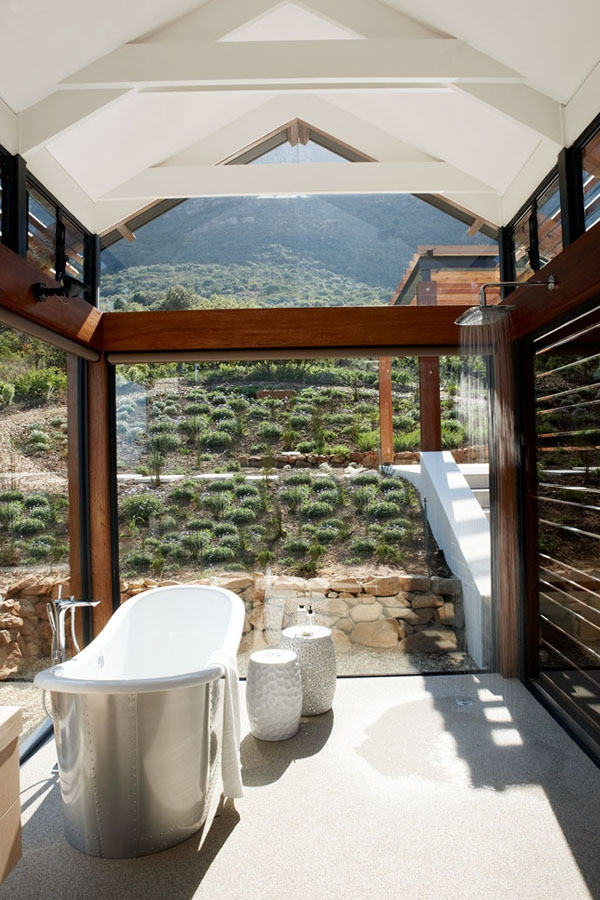 Bathrooms-with-Views-11-1-Kindesign