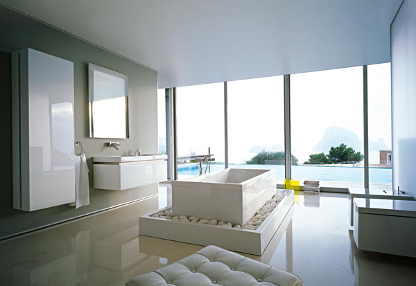 Bathrooms-with-Views-26-1-Kindesign