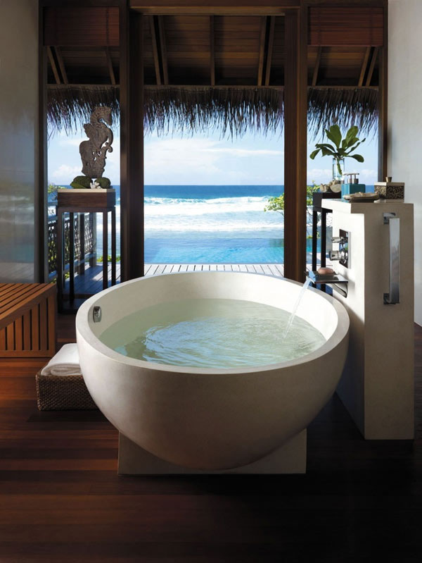 Bathrooms-with-Views-52-1-Kindesign