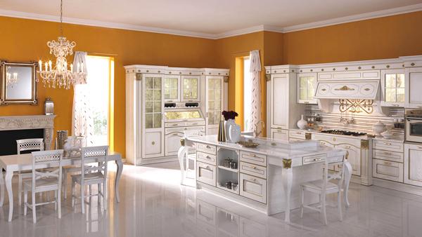 Isola cucina qui forse troverai l 39 isola dei tuoi sogni for Foto case classiche