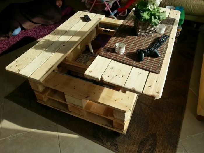 Pallet Coffee Table: When A Platform Becomes Coffee Table! 45