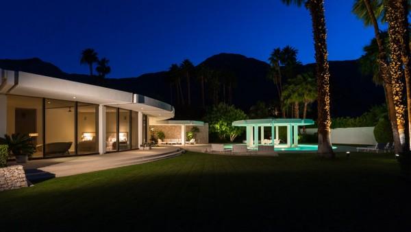 round-home-exterior-600x338