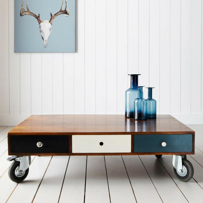 table-basse-en-palette-salon-bouteille-peinture1