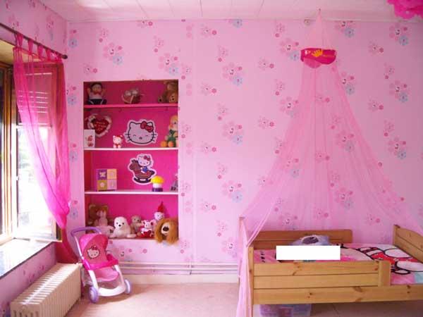 Idee cameretta bimba arredare una bella cameretta rosa - Lampadario cameretta bambina ...