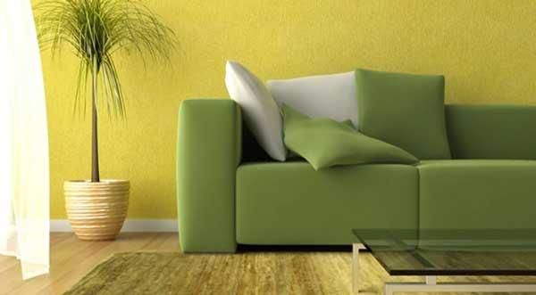 Parete Gialla : divano verde parete gialla