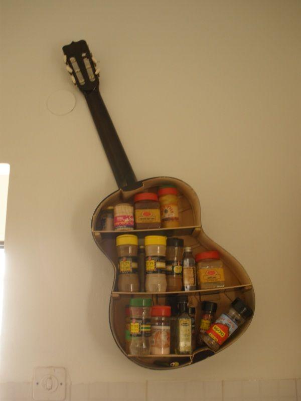 Riciclo chitarra