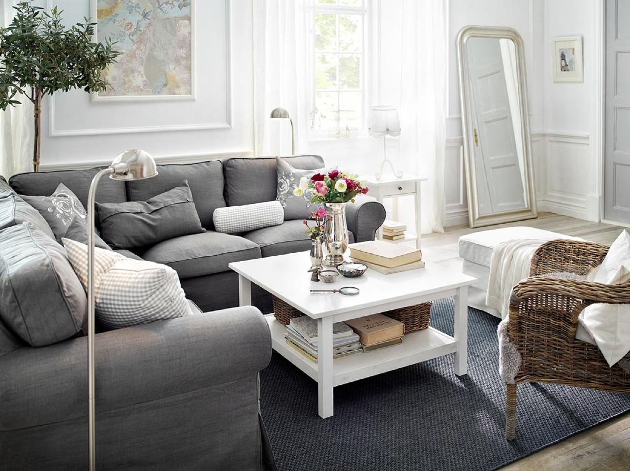 Arredare il soggiorno da ikea ecco 24 bellissimi soggiorni for Arredamento salone