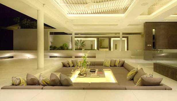 Disposizione divani nel salone il miglior design di for Il miglior design della casa