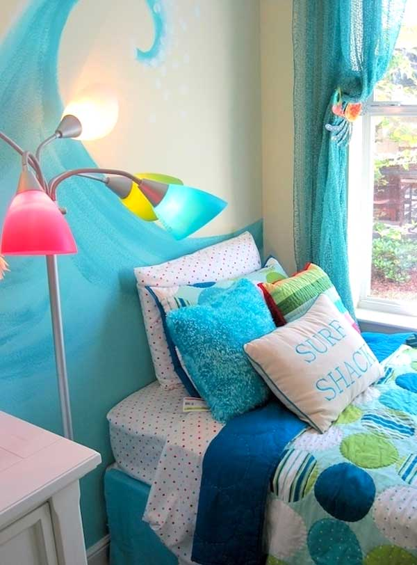 Decorare la cameretta 32 idee camerette a tema mare for Decorazione stanza bambini