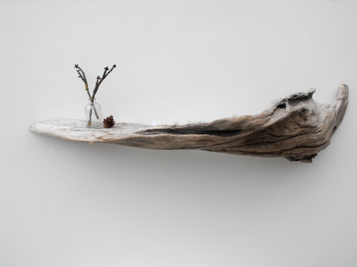 mensola con ramo