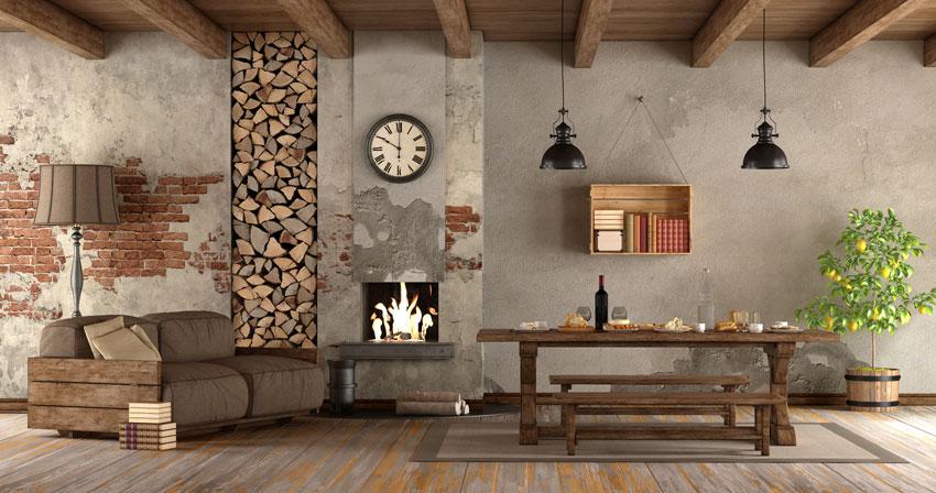 salotto vintage con angolo camino, tavolo in legno, mensola con cassetta di legno.