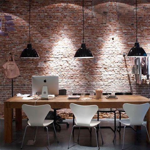ufficio in stile industriale