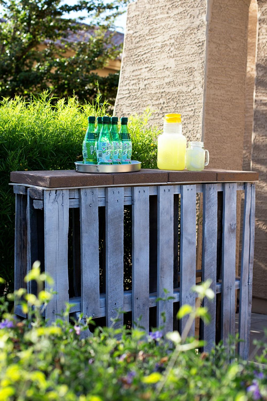 Angolo bar con pallet ecco 20 idee da cui trarre - Pallet arredo giardino ...