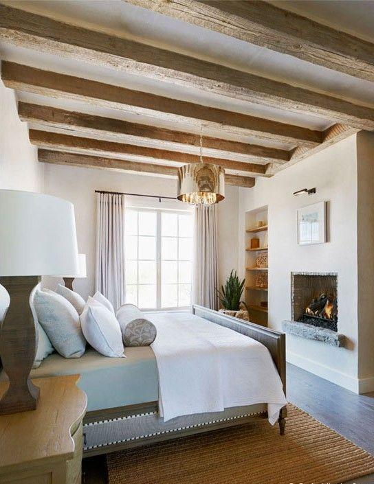 Travi in legno in camera da letto ecco 20 esempi - Idee cartongesso camera da letto ...