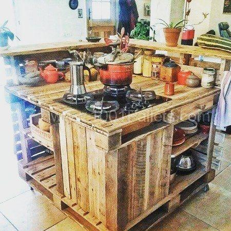 Un isola cucina con i pallet! 15 idee a cui ispirarsi…