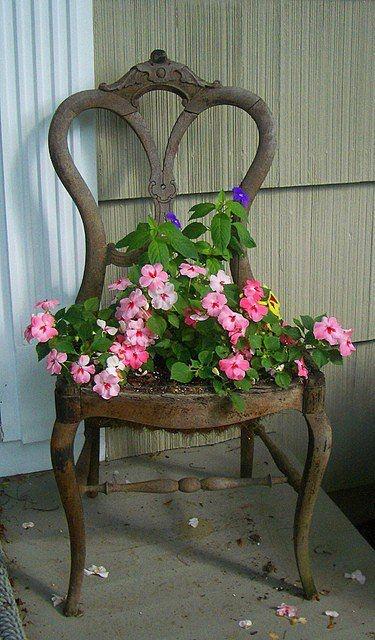 Risultati immagini per vecchie sedie