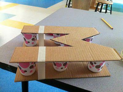 decorare casa lettere in cartone 2