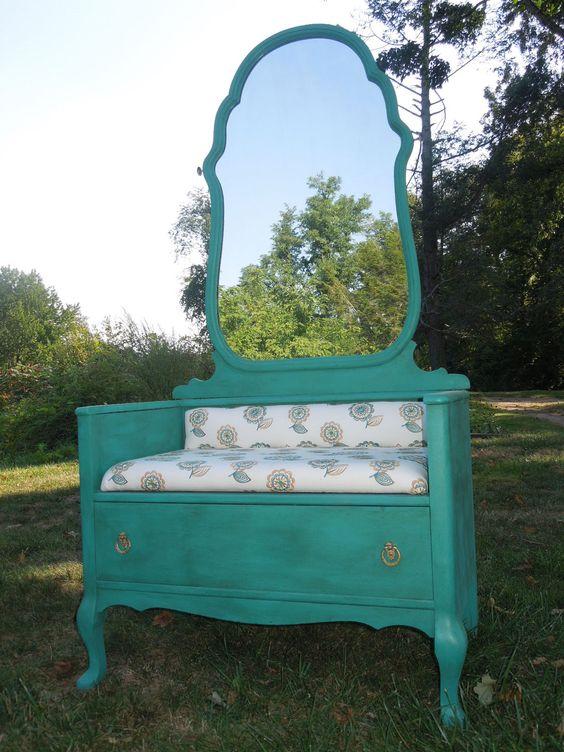 Trasformare un vecchio mobile in un bel divanetto! 20 idee...
