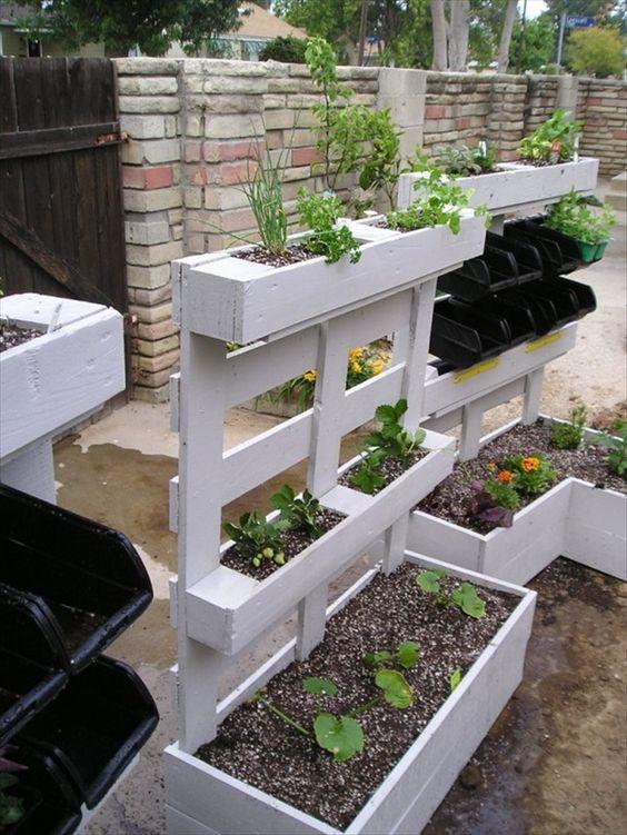 Ben noto Arredare il giardino con i pallet! 20 idee per un riciclo creativo BC93