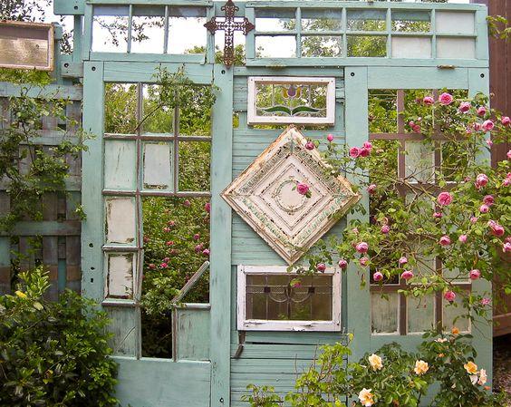 Schmücken Sie Den Garten Durch Das Recycling Der Alten Türen! 20