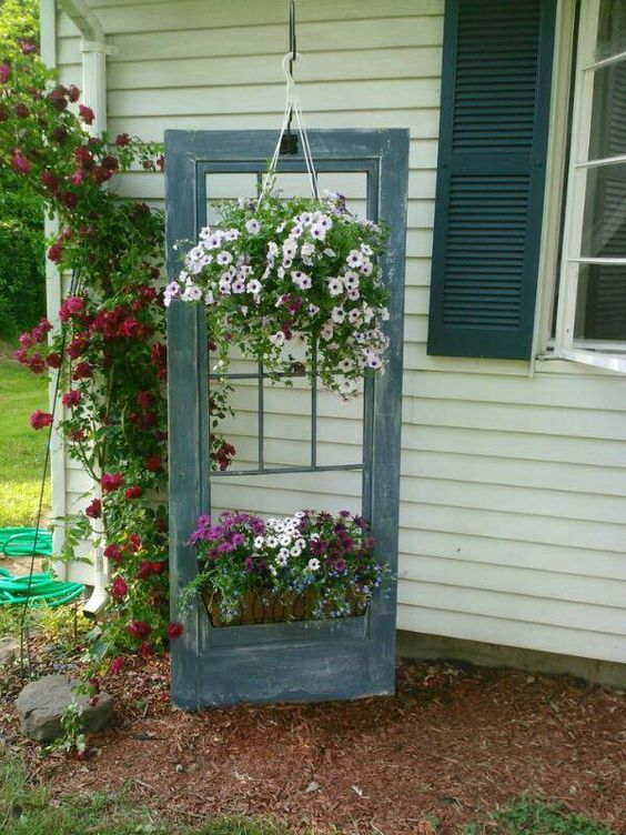 Decorare il giardino riciclando le vecchie porte 20 idee - How to use old doors and windows ...