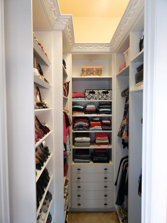 organize a closet in a small apartment! 20 ideas ...