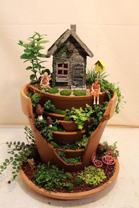 Riciclare i vasi rotti in fantastici giardini in miniatura - Giardino in miniatura ...