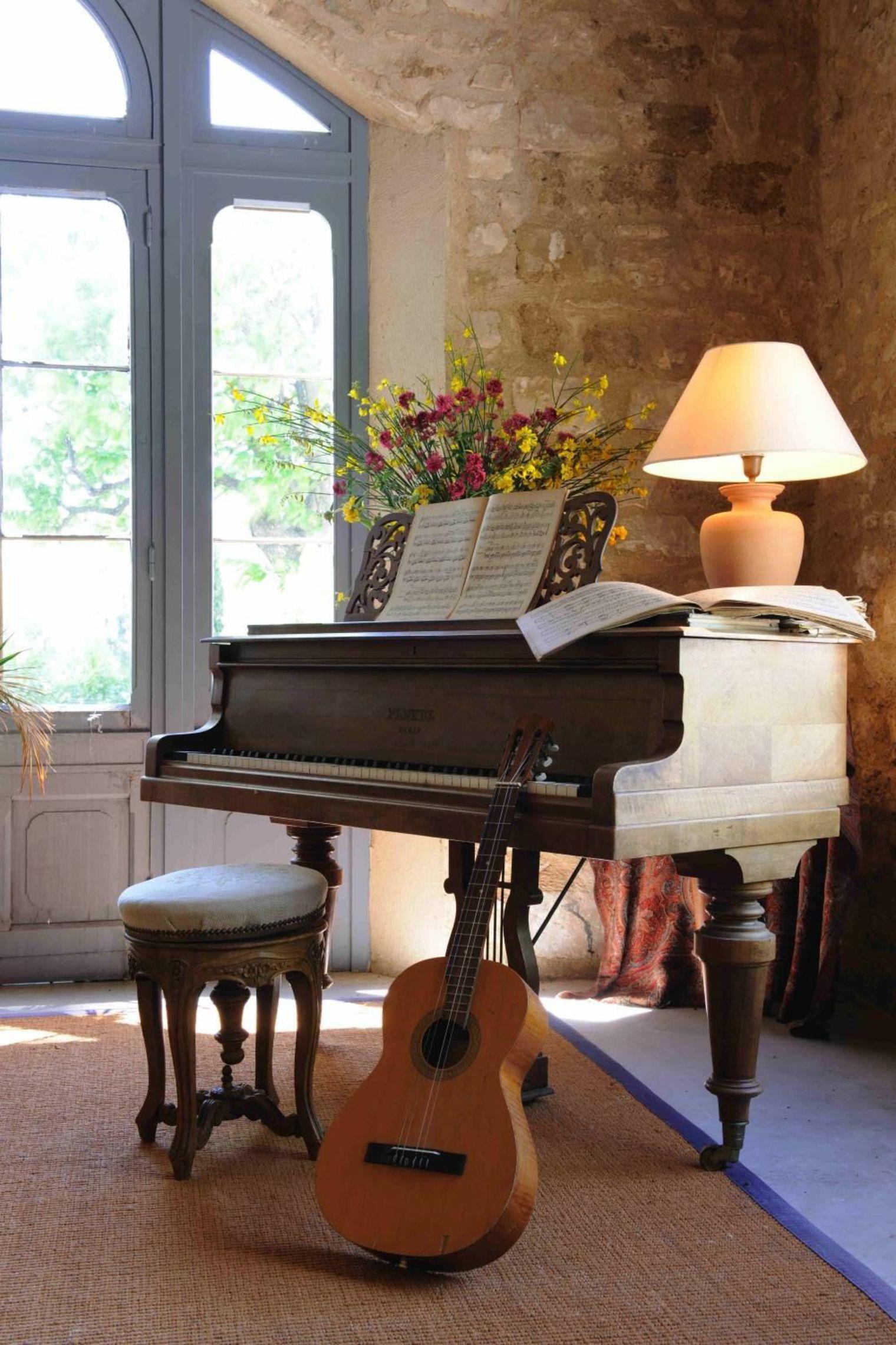 Decorare casa con strumenti musicali ecco 20 idee - Decorare casa con candele ...