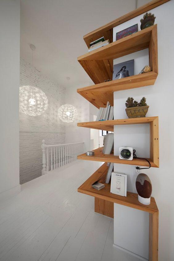 Sfruttare gli angoli con le mensole ecco 20 idee - Idea design casa ...