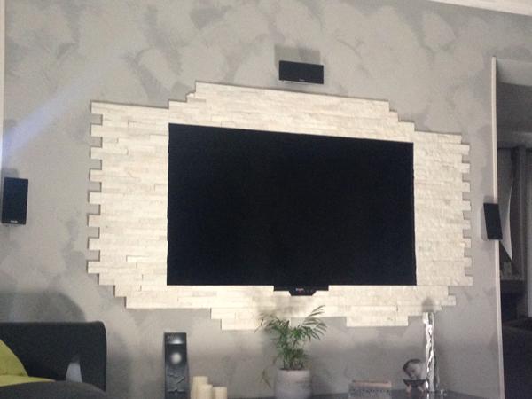Decorare la parete TV con le pietre! 20 idee...