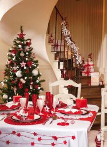 tavola-natalizia-bianco-e-rosso-10