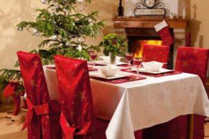 tavola-natalizia-bianco-e-rosso-12