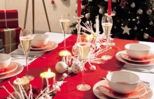 tavola-natalizia-bianco-e-rosso-16