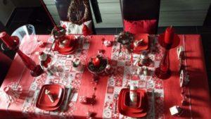 tavola-natalizia-bianco-e-rosso-17