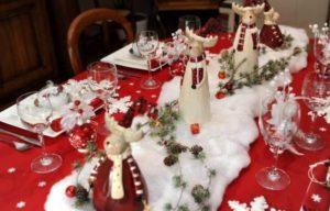 tavola-natalizia-bianco-e-rosso-4