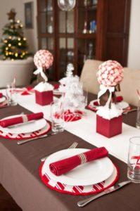 tavola-natalizia-bianco-e-rosso-7