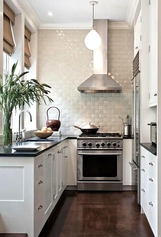 Arredare una cucina stretta e lunga... Ecco 20 esempi a ...