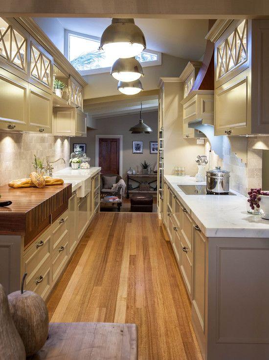 Arredare una cucina stretta e lunga... Ecco 20 esempi a cui ispirarsi!