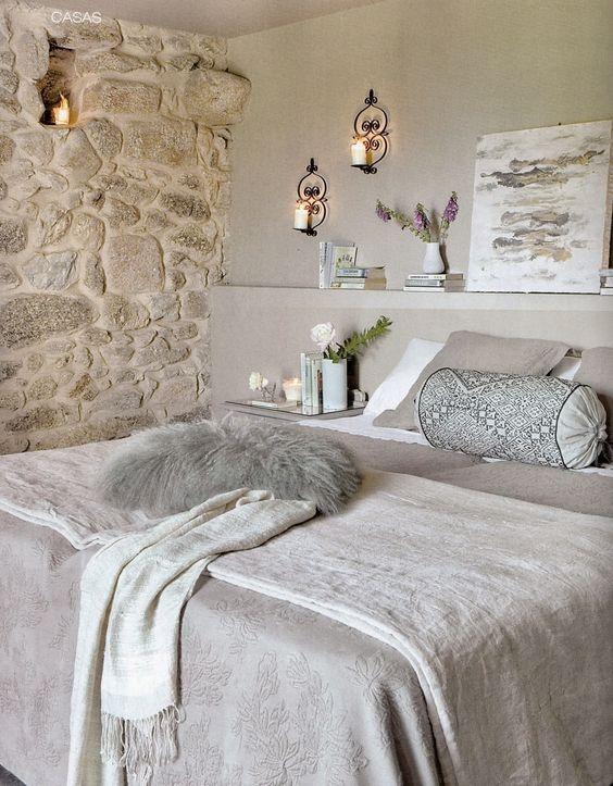 Decorare una parete con le pietre in camera da letto 20 - Deco chambre zen gris ...