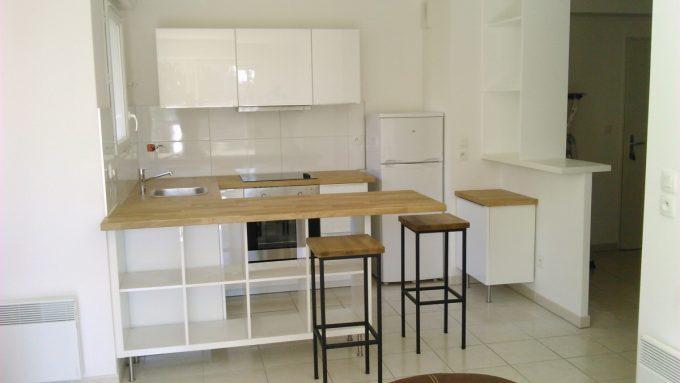 idee scaffali IKEA isola cucina