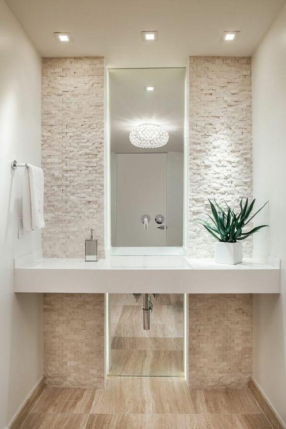 Rivestimenti in pietra nel bagno 20 esempi bellissimi a for Idee rivestimento bagno