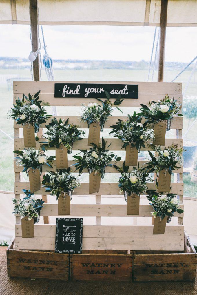 tableau matrimonio fai da te con pallet 20 idee da sposare ispiratevi. Black Bedroom Furniture Sets. Home Design Ideas