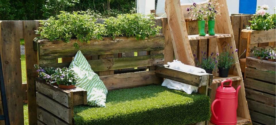 Pallet per arredare il giardino 20 idee lasciatevi - Idee per recinzioni giardino ...