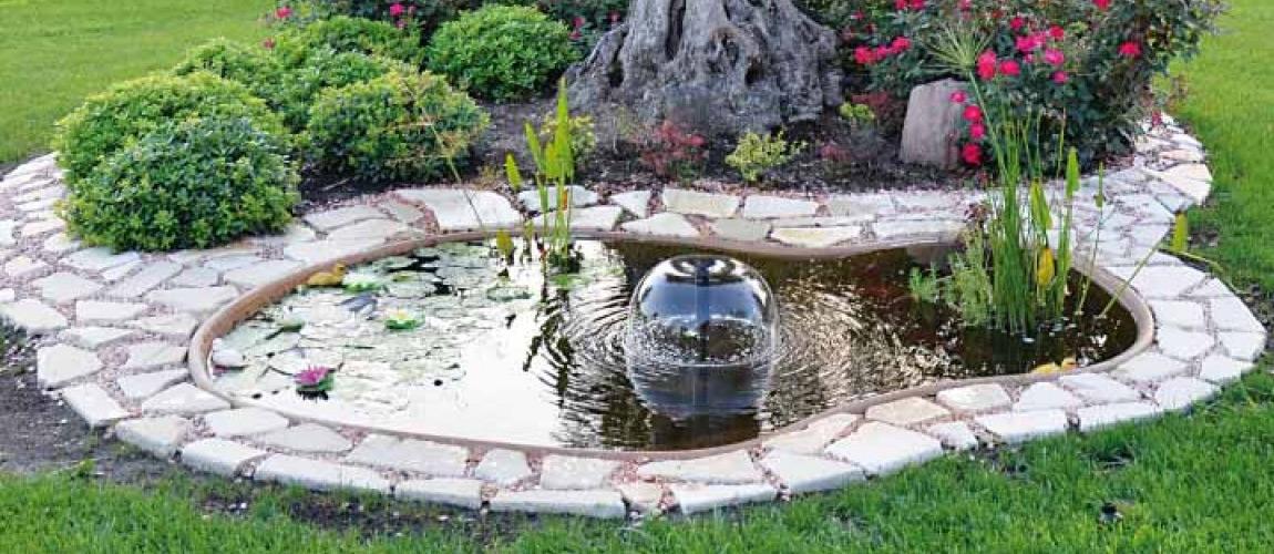 Una piccola oasi in giardino 20 idee stupende tutorial for Immagini di laghetti artificiali
