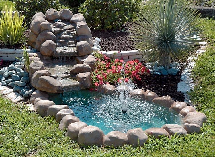 Una piccola oasi in giardino 20 idee stupende tutorial - Cascate per giardino ...