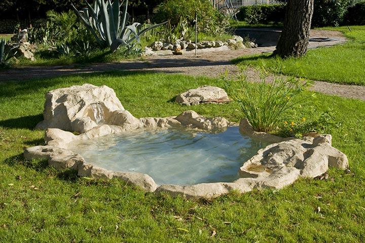 un piccolo oasi nel giardino
