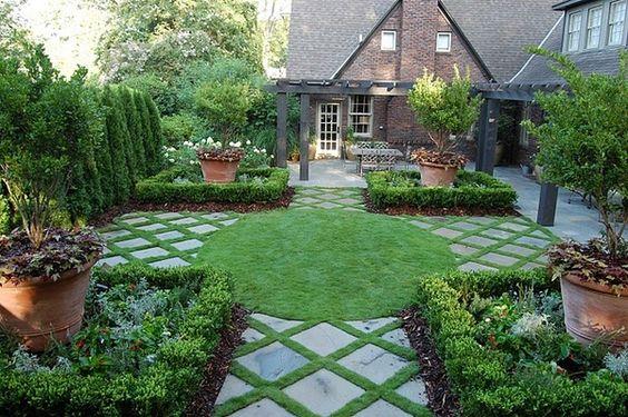 Posare le mattonelle da giardino 15 idee originali - Decorare il giardino ...