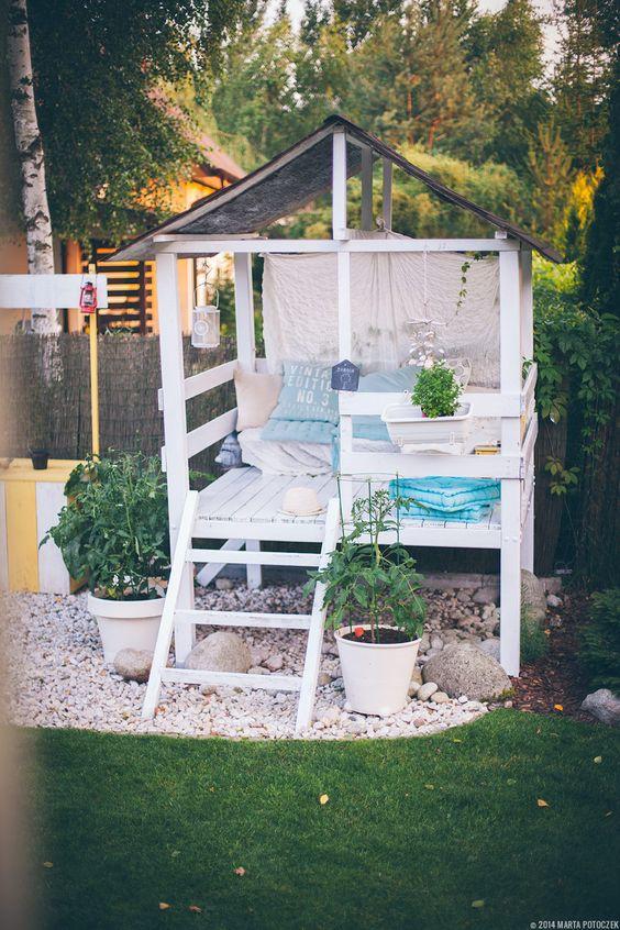 Un angoletto relax in giardino 20 idee per ispirarvi for Idea giardino